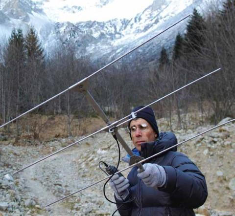 Technicien patrimoine au Parc national des Écrins. © Alexandre Terreau, Parc national